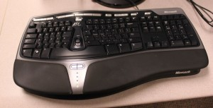 Microsoft Natural 4000 Ergonomic keyboard