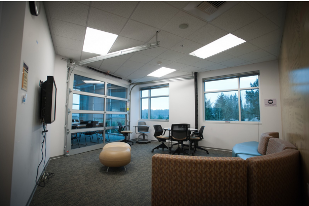 Study room with garage door in Beardslee Building, one of UW Bothell's leased spaces.